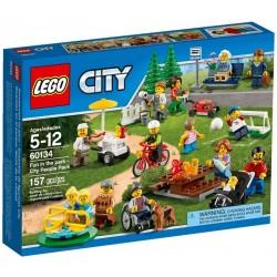 Lego® 60134 Diversión en el Parque: Gente de la Ciudad